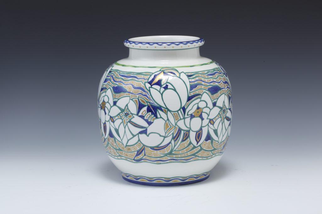 作品画像:花文花瓶