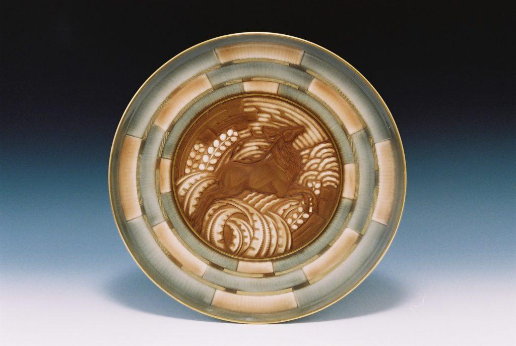 作品画像:牡鹿図皿