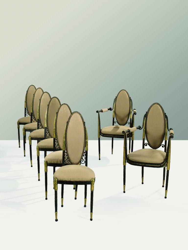 作品画像:椅子と肘掛椅子
