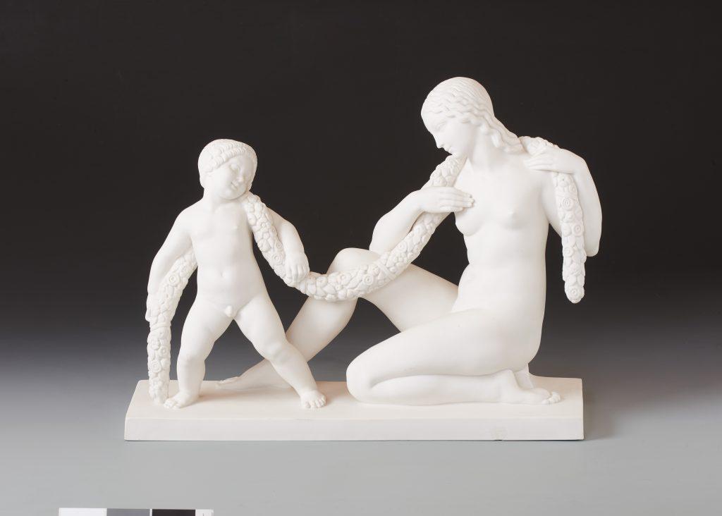 作品画像:女性と子ども