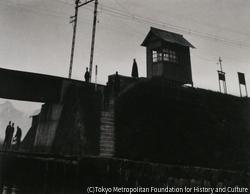 作品画像:停留所の見える風景