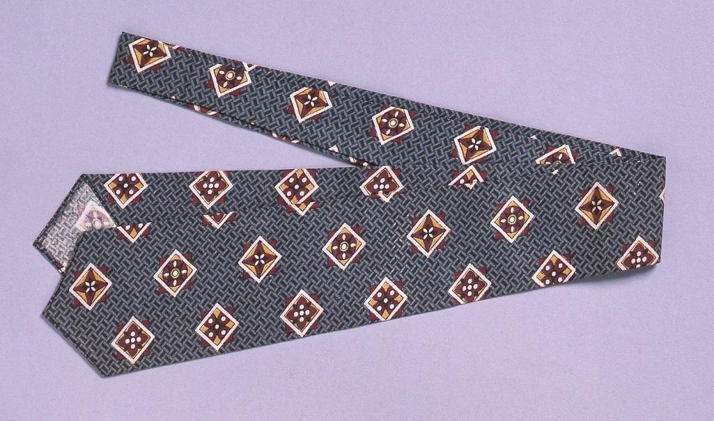 作品画像:裁縫雛形 フォアインハンドタイ(ミシン縫)