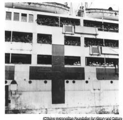 作品画像:シベリアからの引揚船高砂丸の舞鶴入港