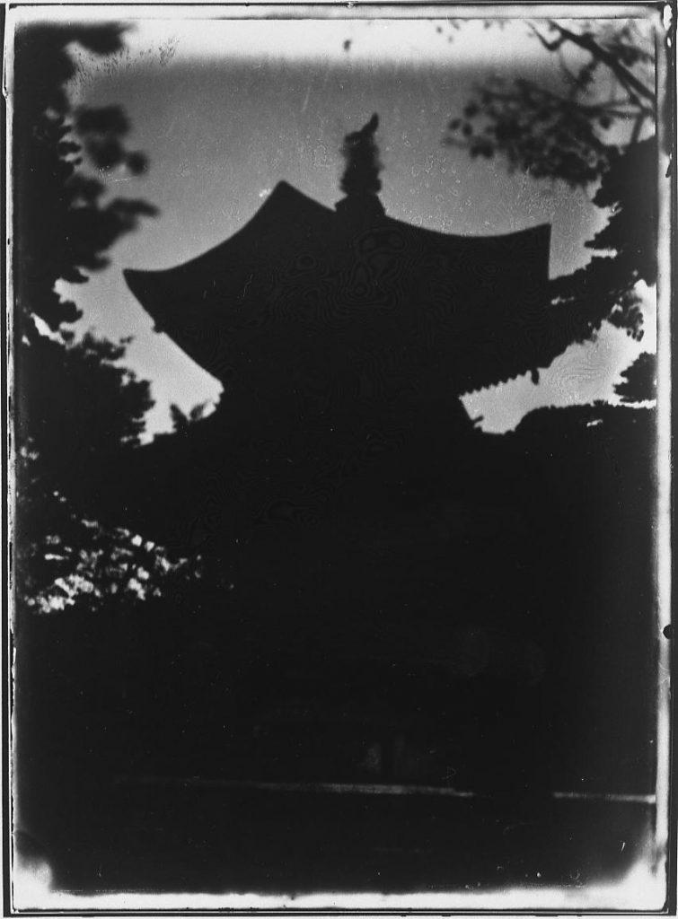 作品画像:寺院の塔
