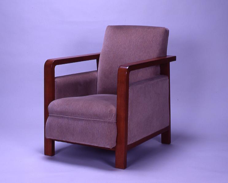 作品画像:永積寅彦邸応接室 安楽椅子