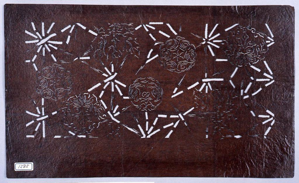作品画像:長板中形型紙 花丸に麻の葉 (小判 追掛)