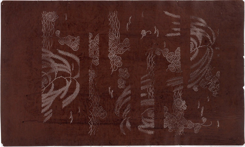 作品画像:長板中形型紙 霞に蔦(大判 追掛)