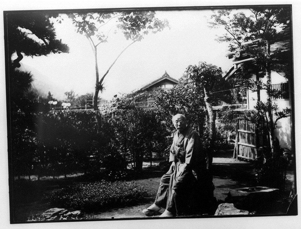 作品画像:庭の老人