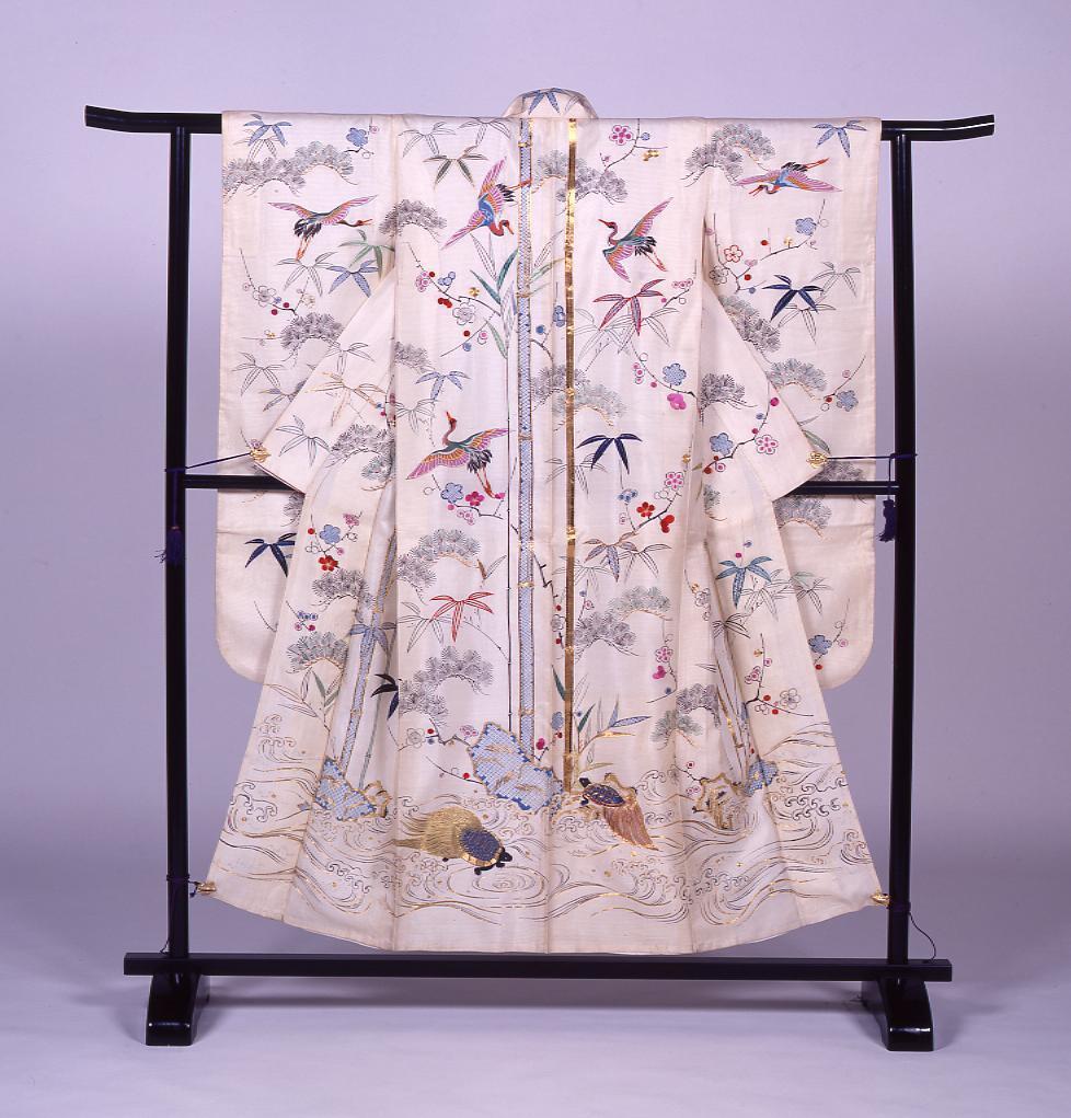 作品画像:白絽地松竹梅鶴亀文様染縫振袖(婚礼用)