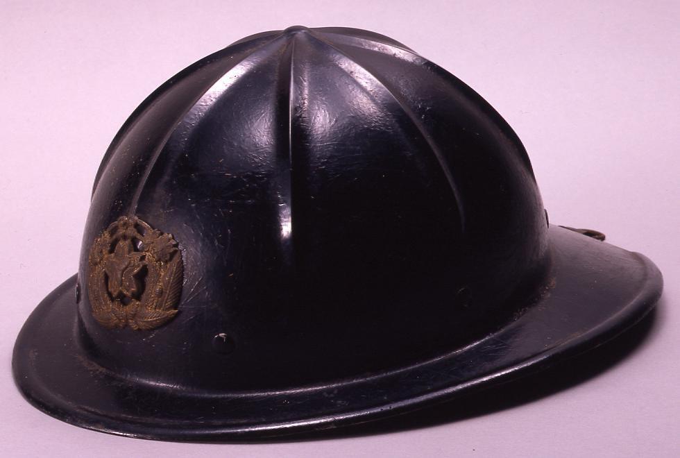作品画像:消防用ヘルメット