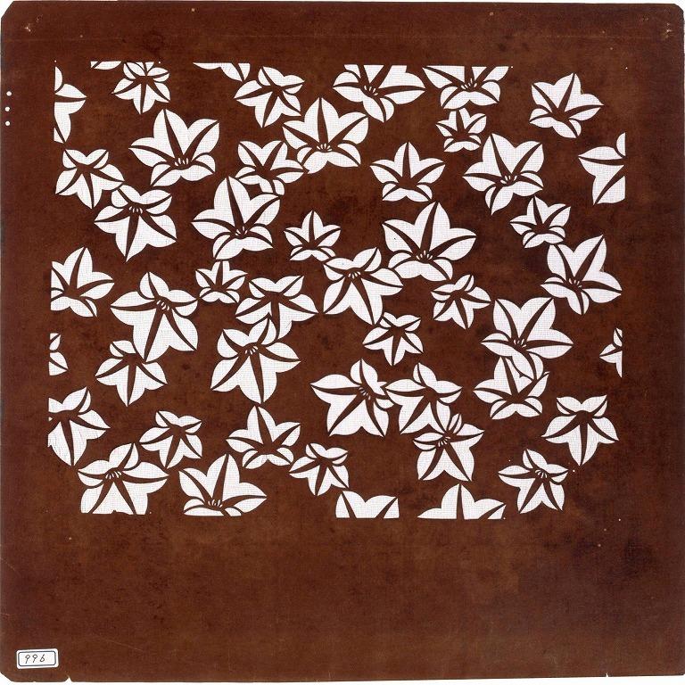 作品画像:長板中形型紙 花