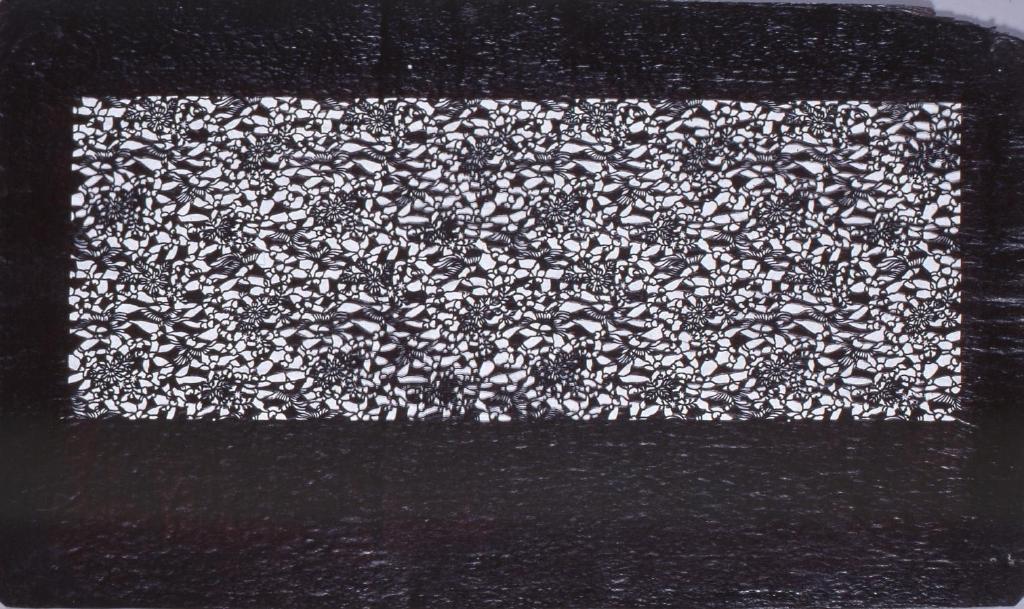 作品画像:長板中形型紙 鶴に花文(追掛)