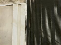 作品画像:(トタン塀と白壁)