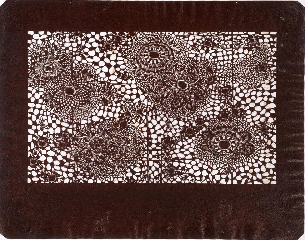 作品画像:長板中形型紙 垣根に菊 (小判 追掛)
