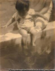 作品画像:(水辺の母子像)