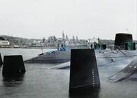 <陸上の出来事>シリーズ 日本海上自衛隊ディーゼル潜水艦、米海軍横須賀基地、日本、横須賀