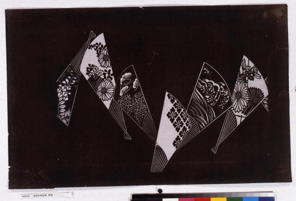 作品画像:長板中形型紙 扇面