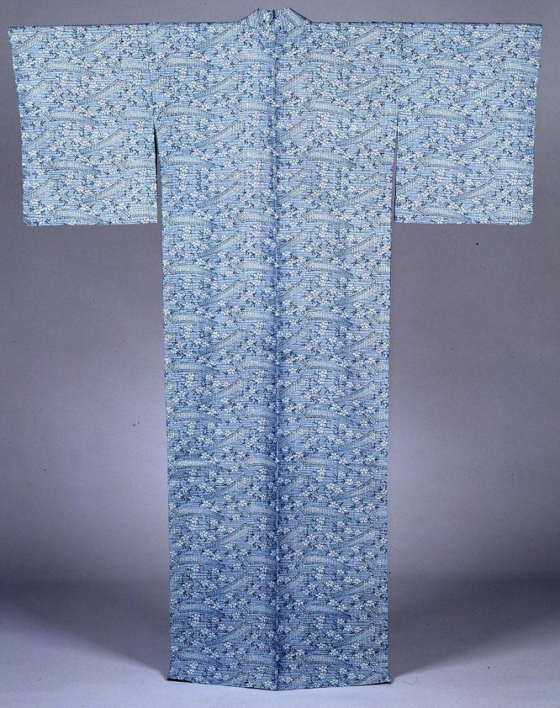 作品画像:長板中形ゆかた 縞地霞に琴と桜