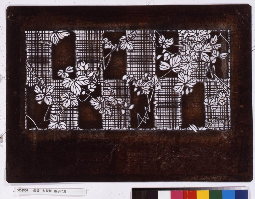 作品画像:長板中形型紙 格子に蔦