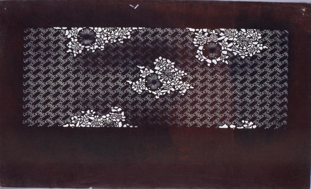 作品画像:長板中形型紙 紗綾形朝顔文(追掛)