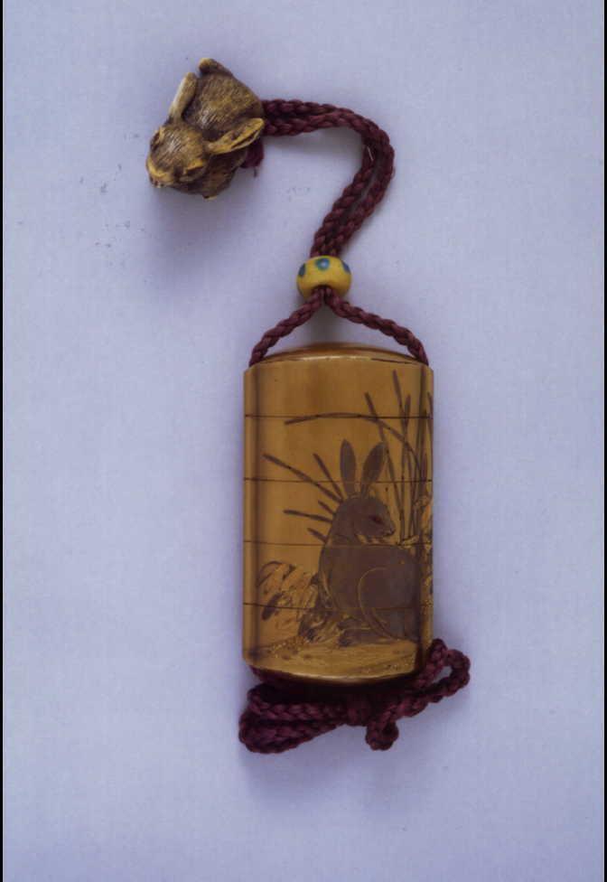 作品画像:兎竹木賊蒔絵印籠