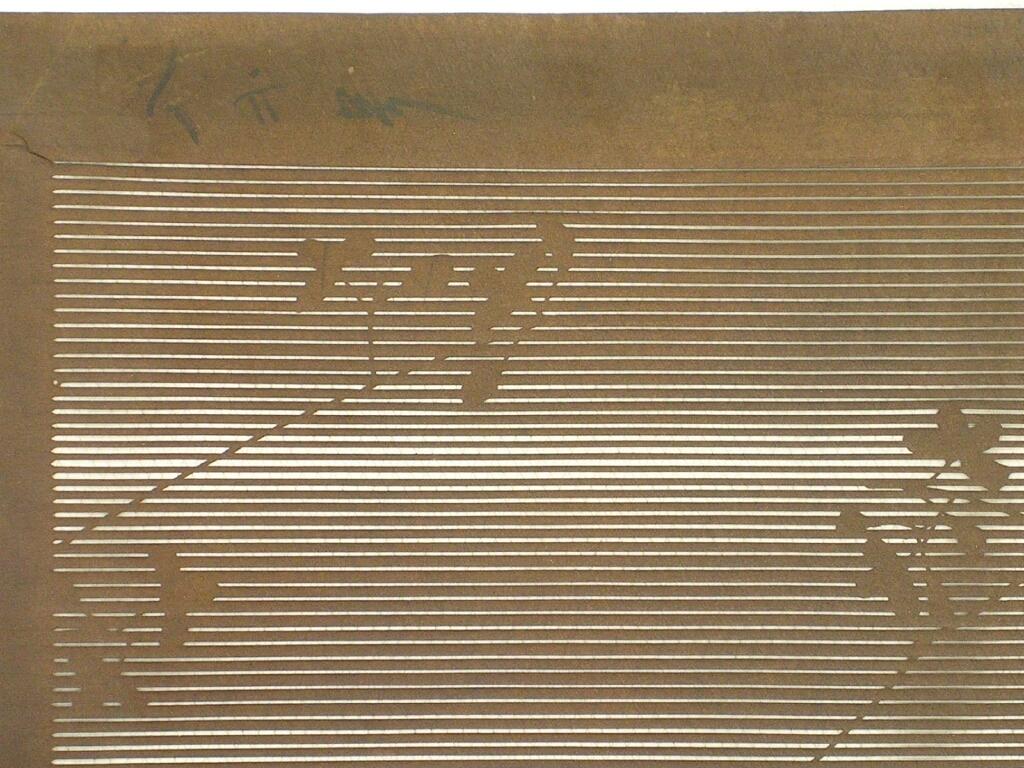 作品画像:長板中形型紙 大判糸入 ぼかし縞に萩