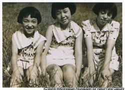 作品画像:三人姉妹