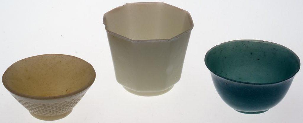 緑色宙吹き盃