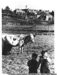 作品画像:石坂洋次郎『若い人』郊外の丘の上にあるトラピスチーヌ(女子修道院)