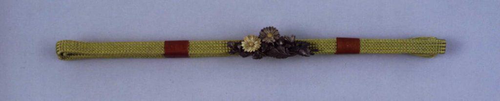 作品画像:菊彫帯留付帯締