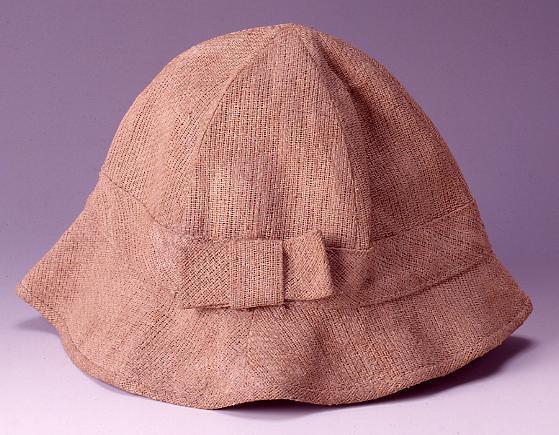 作品画像:スフ製帽子