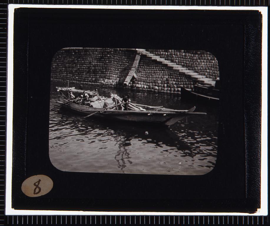 作品画像:荷船(幻燈原板)