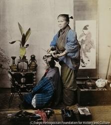 作品画像:髪を結う日本人女性