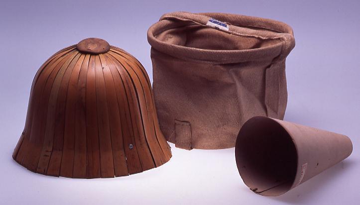 作品画像:竹製ヘルメット