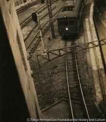 作品画像:(電車と線路)