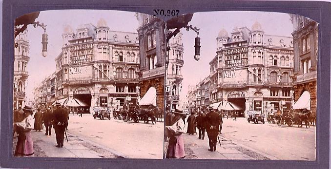 作品画像:馬車、自動車の通る大通り(西欧風景)(No.267)