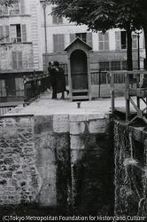 作品画像:パリ・運河のほとり