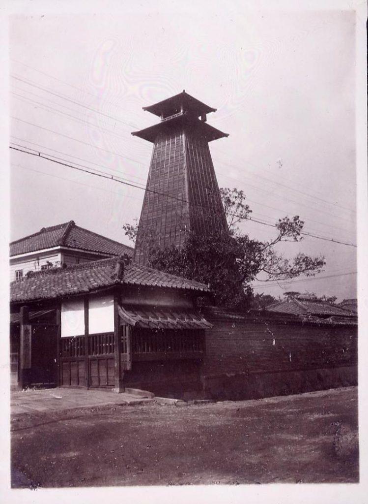 作品画像:温古写真集 14.吉良上野介松平三河守屋敷跡 後の警視庁跡
