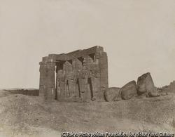 作品画像:テーベ、ラムセス王の第二宮殿の遺跡