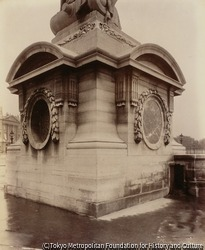 作品画像:台石、コンコルド広場