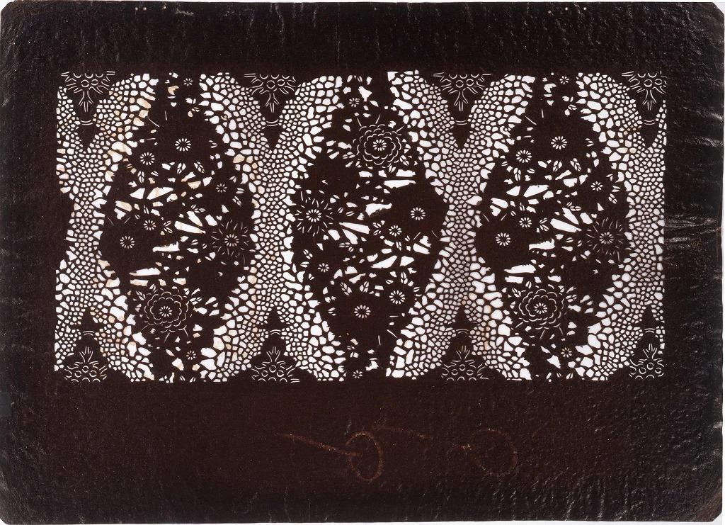 作品画像:長板中形型紙 菊に立涌 (小判 追掛)