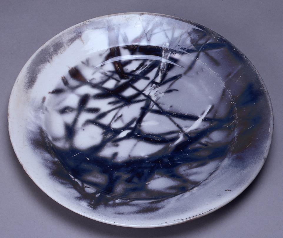 作品画像:関東大震災で焼けた皿