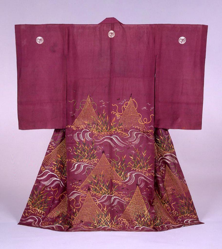 作品画像:紫絽地網干螢模様染縫小袖