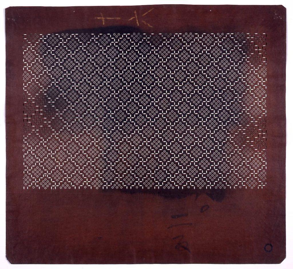 作品画像:長板中形型紙 菱梅