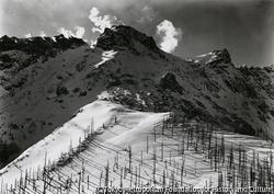 作品画像:冬の焼岳