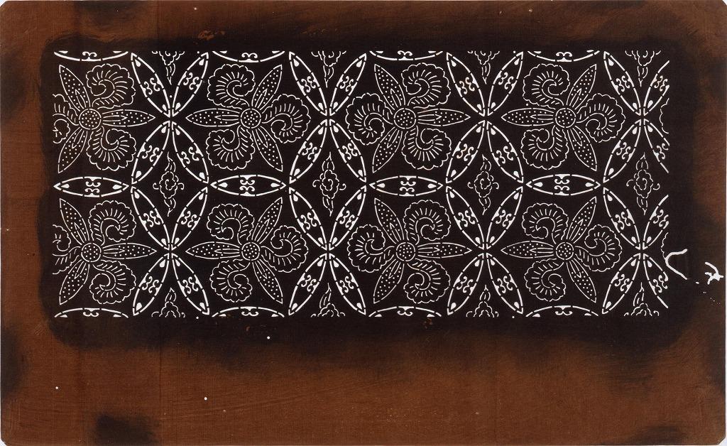 作品画像:長板中形型紙 七宝唐草(小判 追掛)