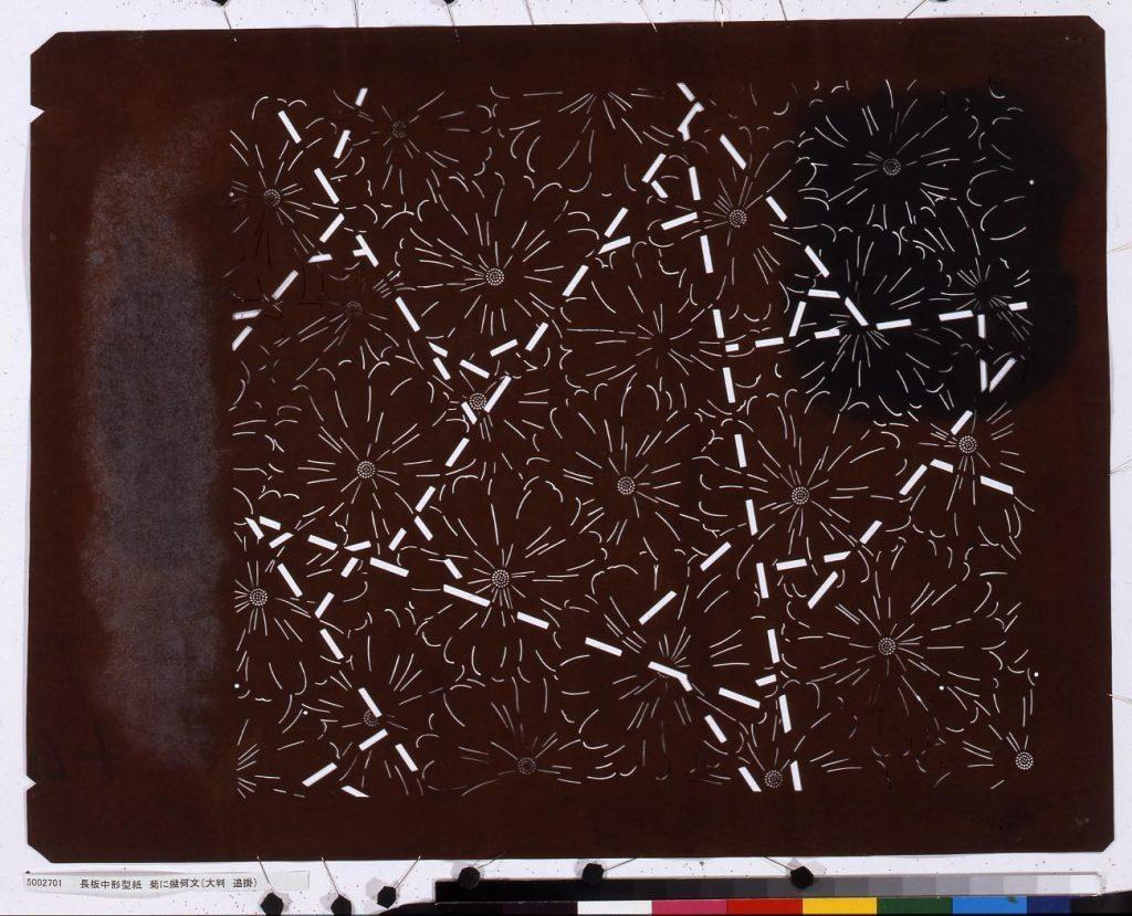 長板中形型紙 菊に幾何文(大判 追掛)