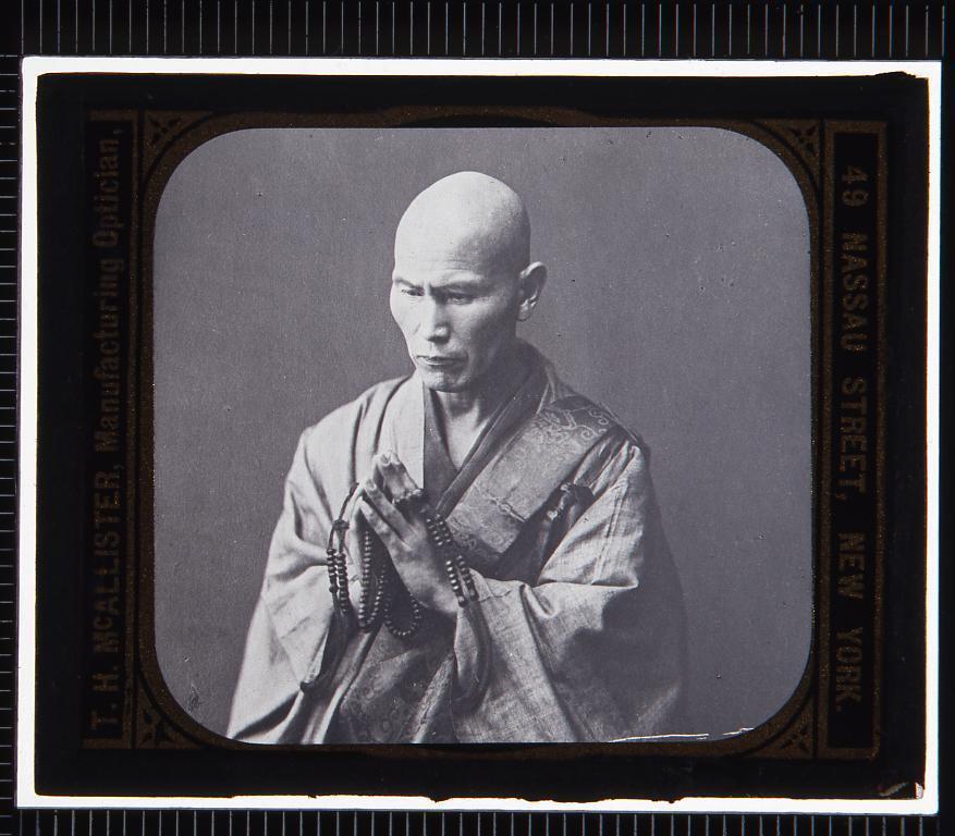 作品画像:僧侶(幻燈原板)