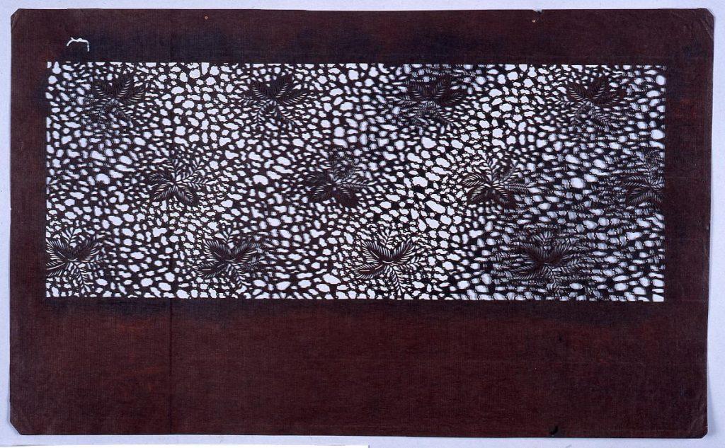 作品画像:長板中形型紙 桐にたたき (小判 追掛)