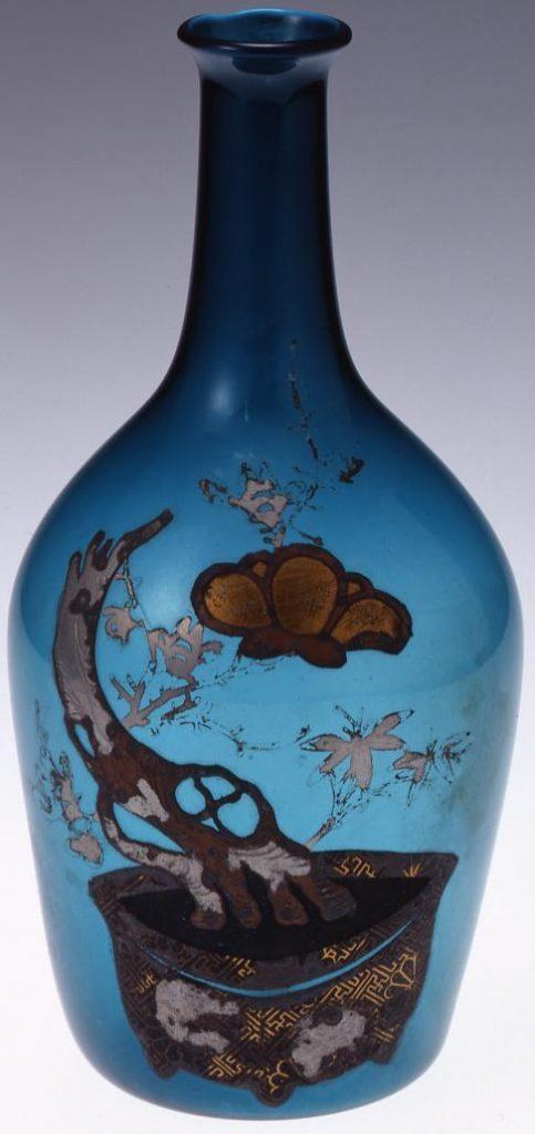 作品画像:錫箔梅と竹鉢文青色徳利